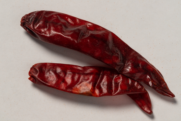 Whole Red Pepper - 90,000 Scoville units (1 lb.)